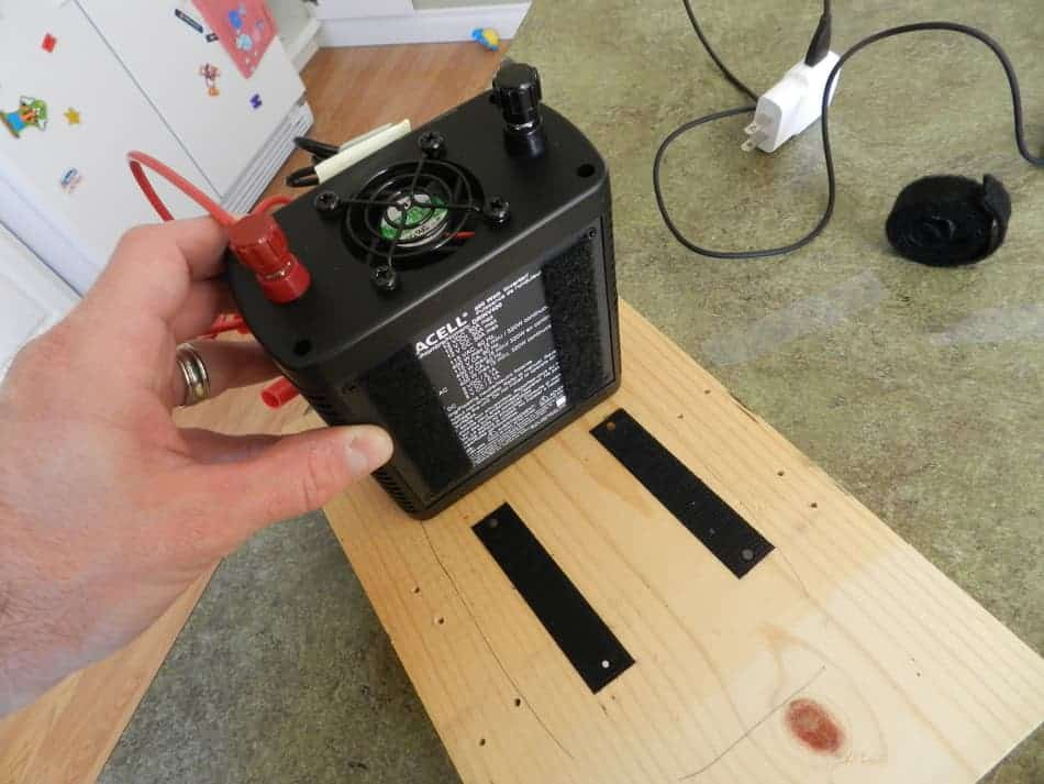 Can I use a power inverter in the car when I'm driving? » Home
